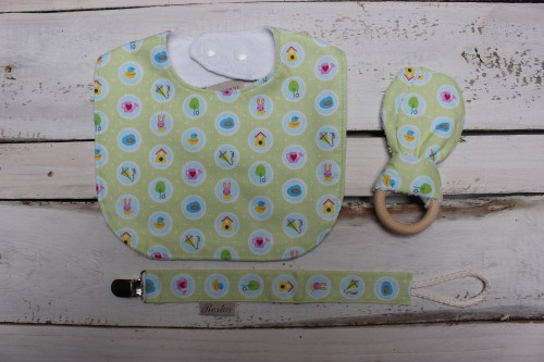 Bib set Wooden teething and Pacifier clip