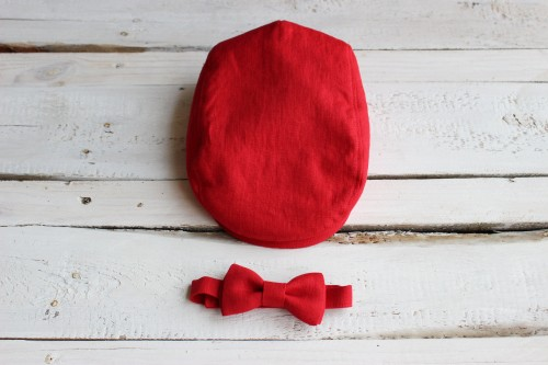 Newsboy red hat with bow tie, Boys red linen flat cap, Newsboy linen Cap, Toddler Flat Cap, Baby boy Christmas red hat with bow tie